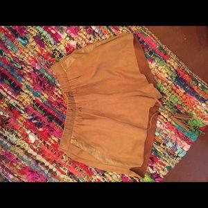 Camel shorts
